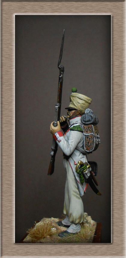 Vitrine Alain 2 mise en peinture sculpture Grenadier en surtout  1807  MM54mm - Page 5 Dscn8715
