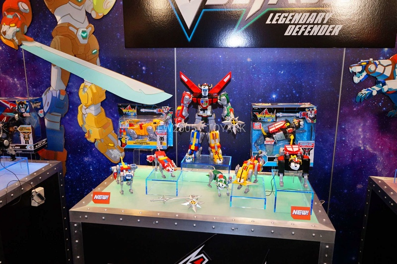 Voltron: Legendary Defender (reboot) - Page 2 Toy-fa17