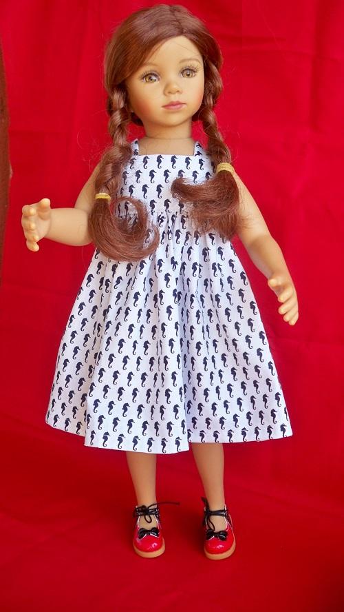 Tanya et sa nouvelle robe  001_612