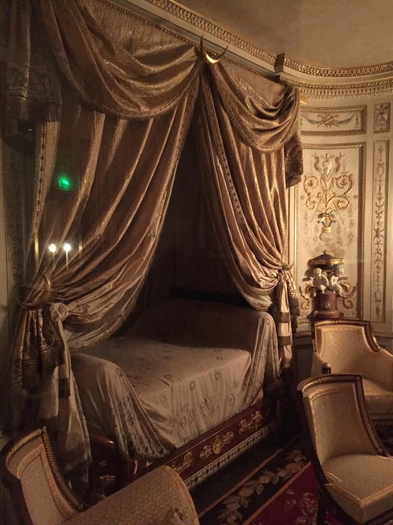 Le boudoir turc de Marie-Antoinette à Fontainebleau - Page 4 38938f10
