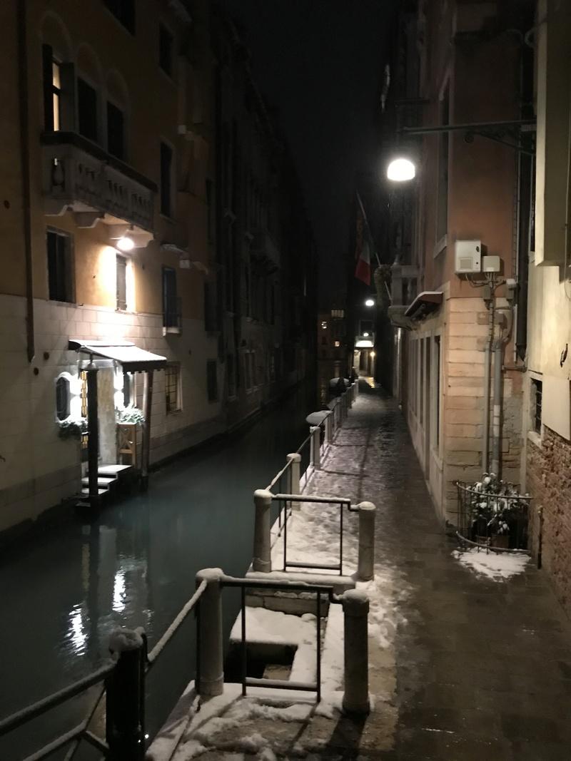 Voir Venise,   et mourir ... - Page 3 4f26e710
