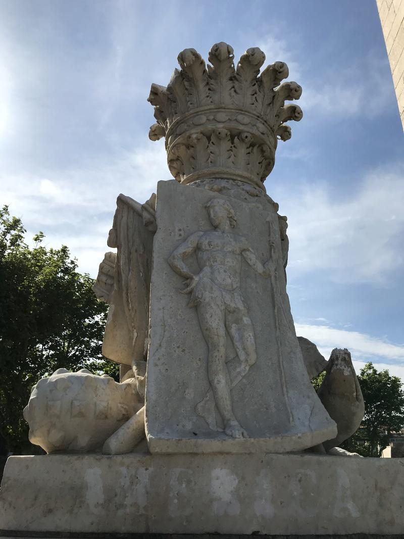 La place dédiée à Louis XVI à Port-Vendres  59866210