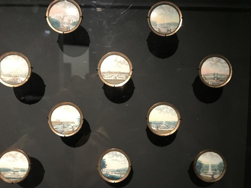 Les boutons, accessoires de mode au XVIIIe siècle 60d09f10