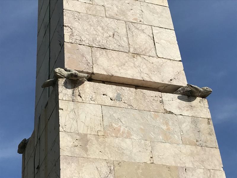 La place dédiée à Louis XVI à Port-Vendres  6afac010