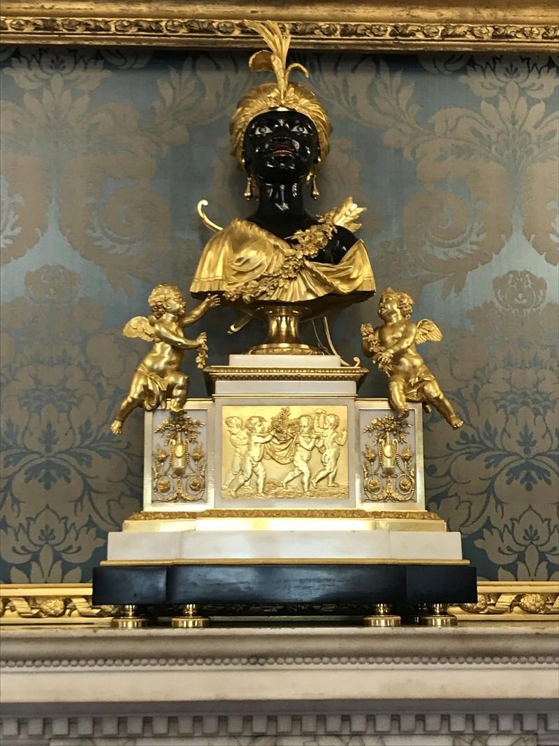 Vente Sotheby's, Paris : La collection du comte et de la comtesse de Ribes - Page 2 89d93c10