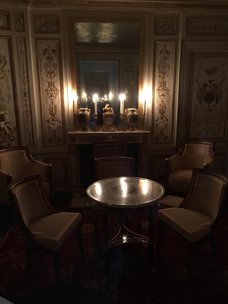 Le boudoir turc de Marie-Antoinette à Fontainebleau - Page 4 B1561310
