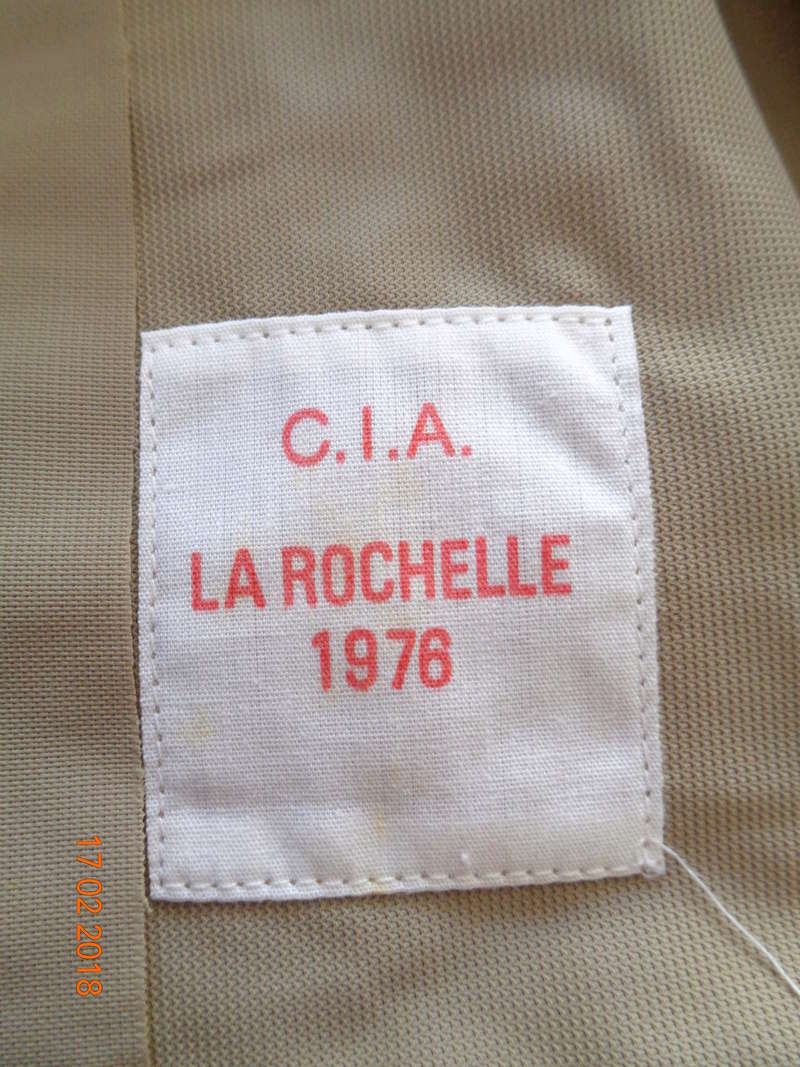 Cette chemise française peut elle être de la seconde guerre ? Dsc01126