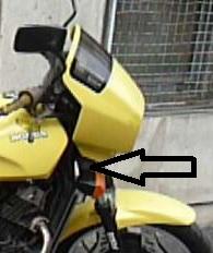 VT500 E : clignotant droit support  Cligno10