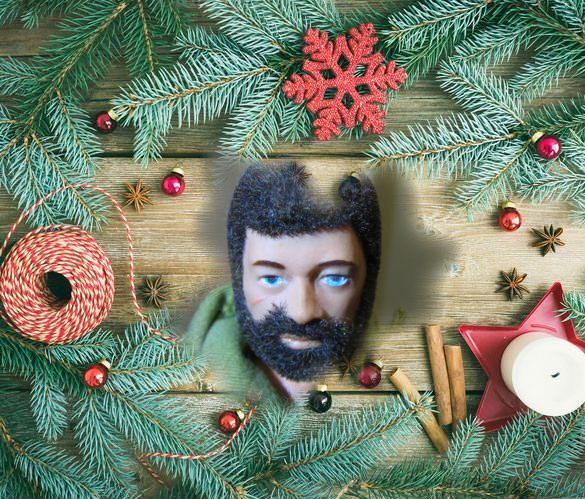 Pictures of your Action Men or Joe's in the Christmas spirit. 15138013