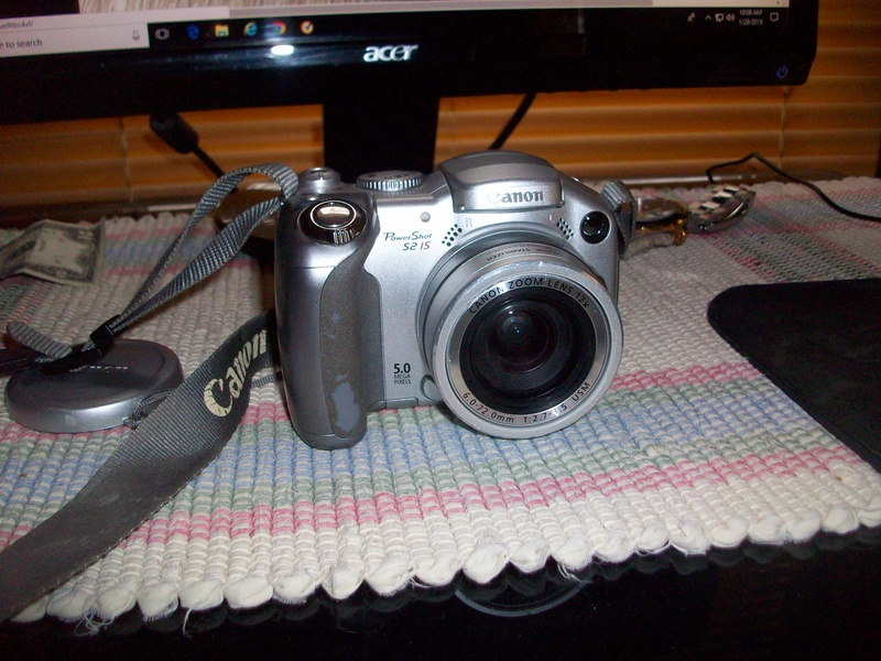 What camera do you use to take your Action Man, MAM, Gi Joe or 1/6 scale photos with 209_0813