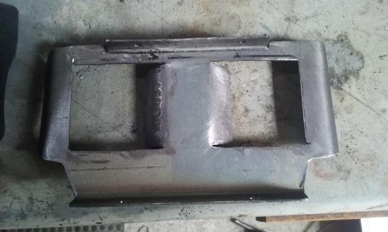 Tuto, grille radiateur d'huile M8 - Page 2 20161212