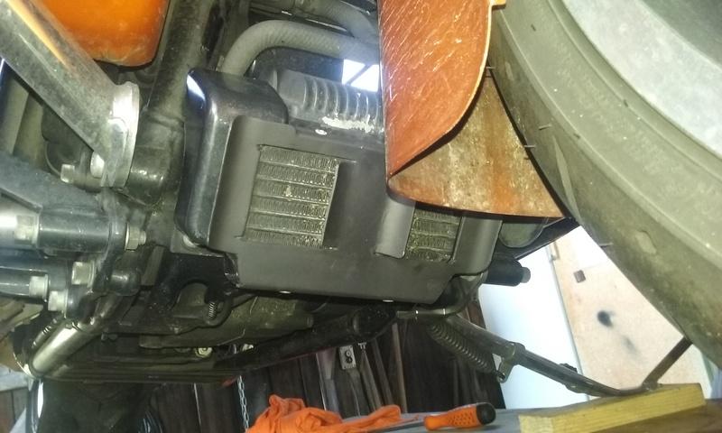 Tuto, grille radiateur d'huile M8 - Page 2 20161216