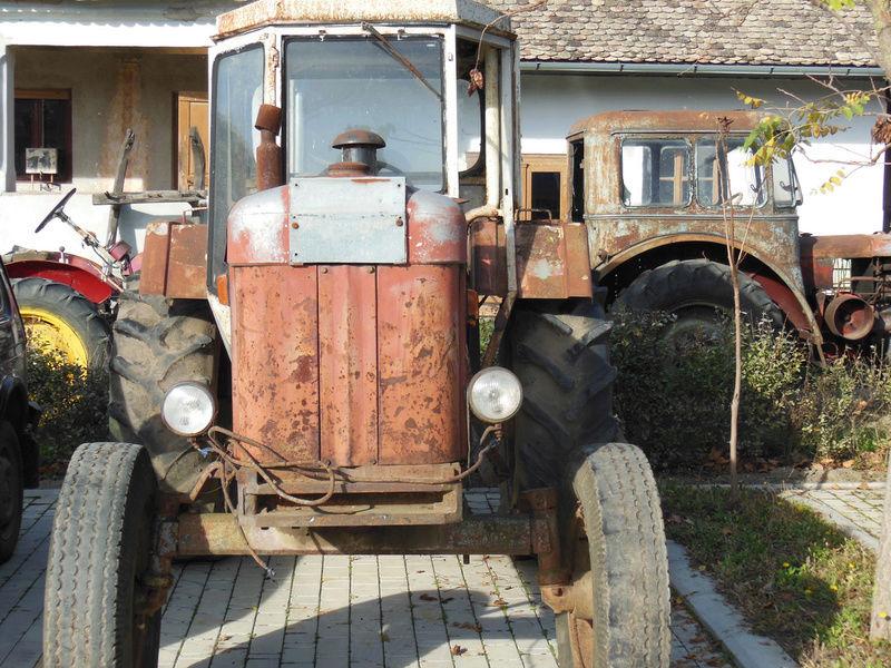 Traktor 14. Oktobar Ratar 90 DVC 792_2_10