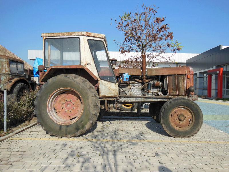 Traktor 14. Oktobar Ratar 90 DVC 792_8_10