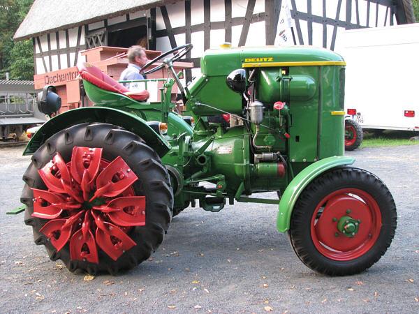 Traktori Deutz Fahr opća tema  Deutz_10