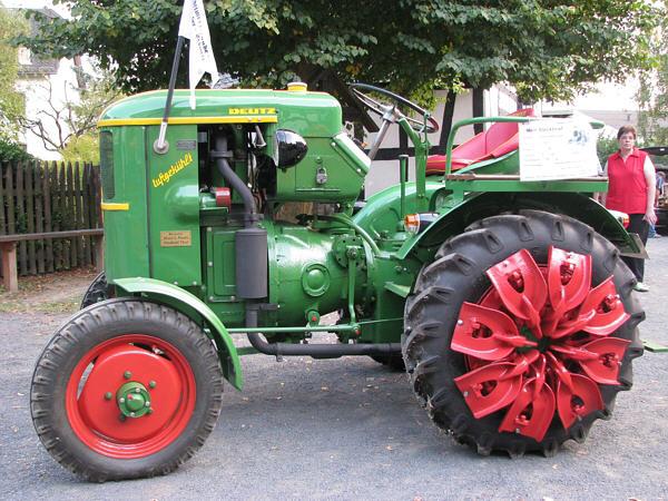 Traktori Deutz Fahr opća tema  Deutz_11