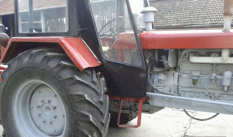 Traktor 14. Oktobar Ratar 90 DVC Screen18