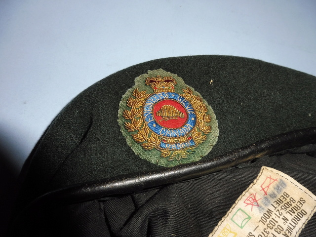 Some Canadian Berets!! Canadi10