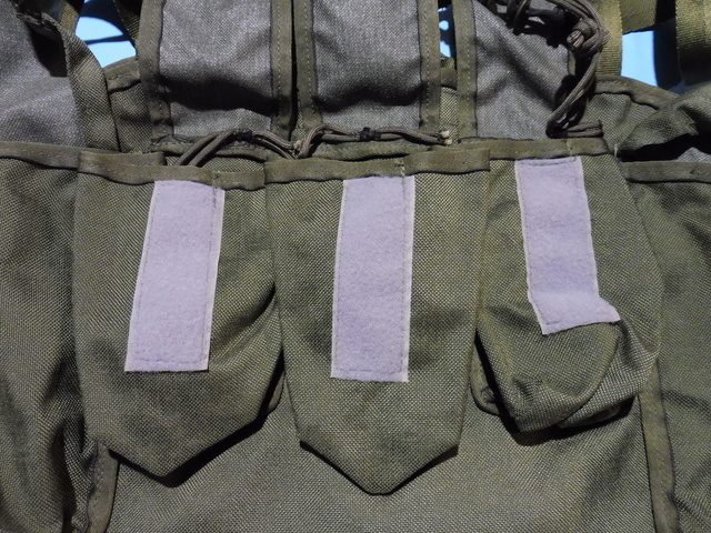 'rigger-made' chest pouches Chest_12
