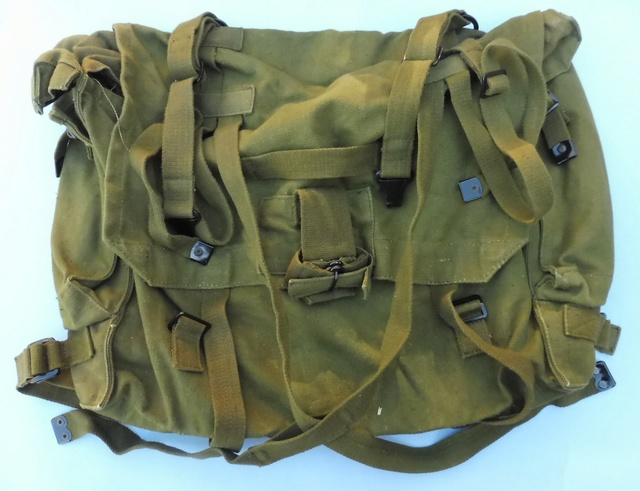 P58 type Poncho roll, Iraqi? Large_10