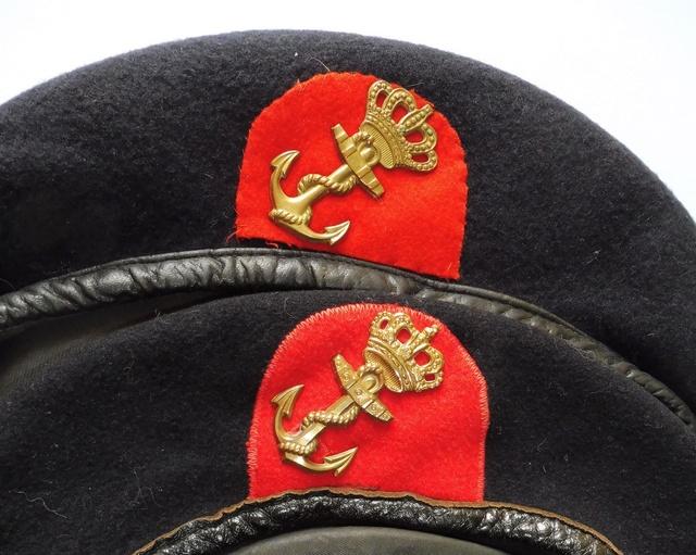 Marine uniform and headgear P1080712