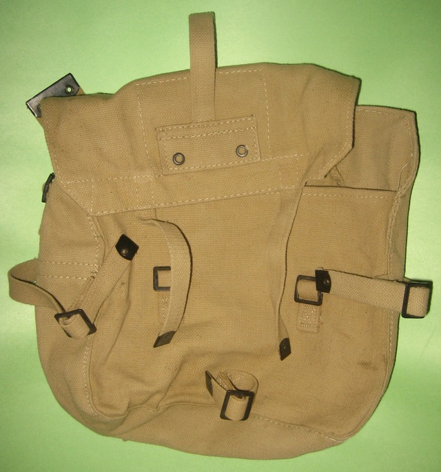 Canteens and Field Gear Small_10