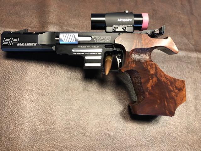 Matchguns MG2 & MG4 Bullseye Pistols Dh_gri10