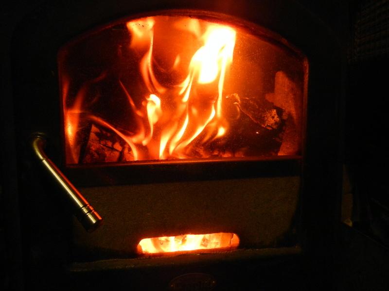Clarke glass-door box stove to rocket stove 2017-111