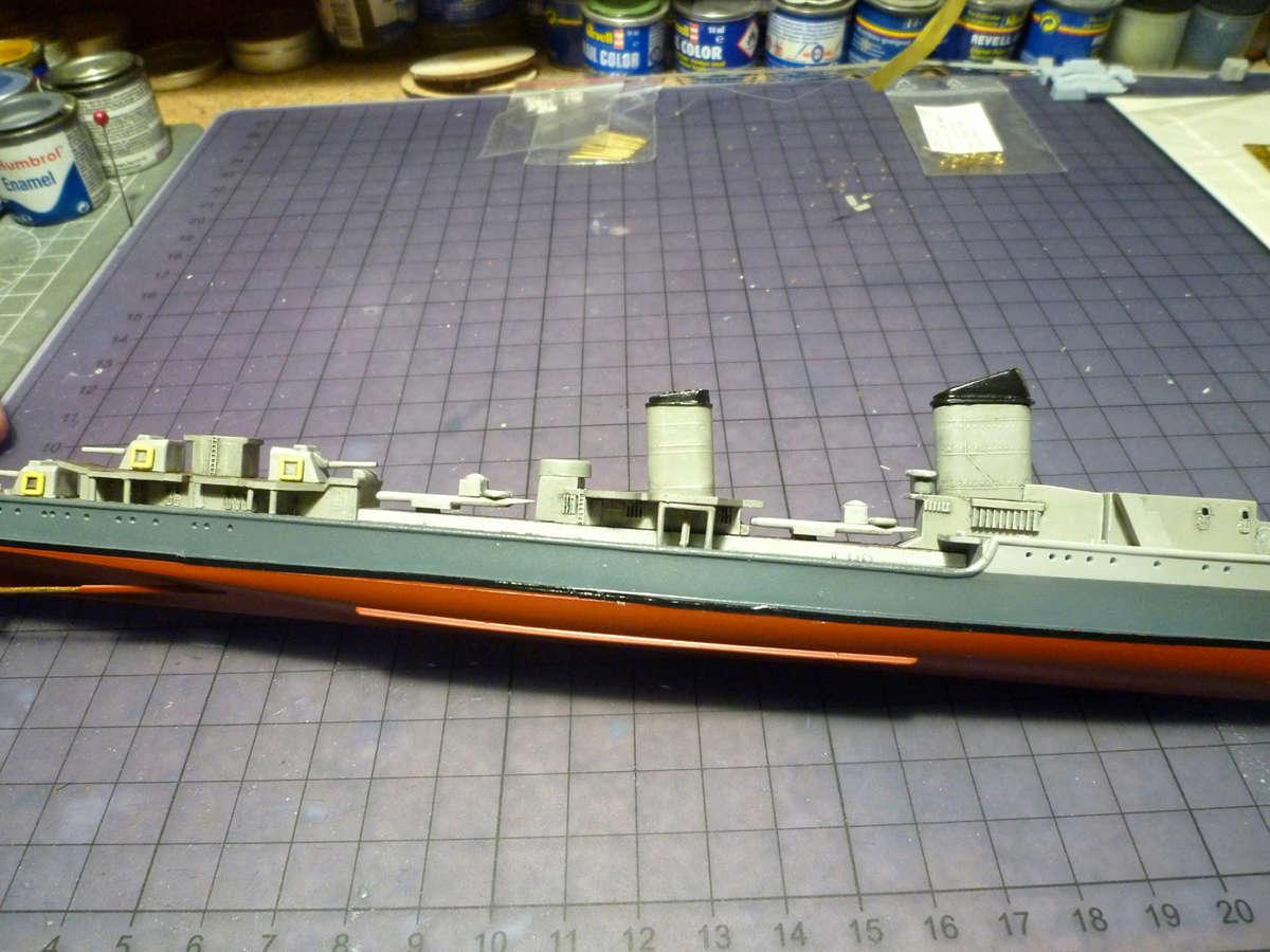 Montage du Contre-torpilleur Marceau 1/400  - Page 2 Marcea22