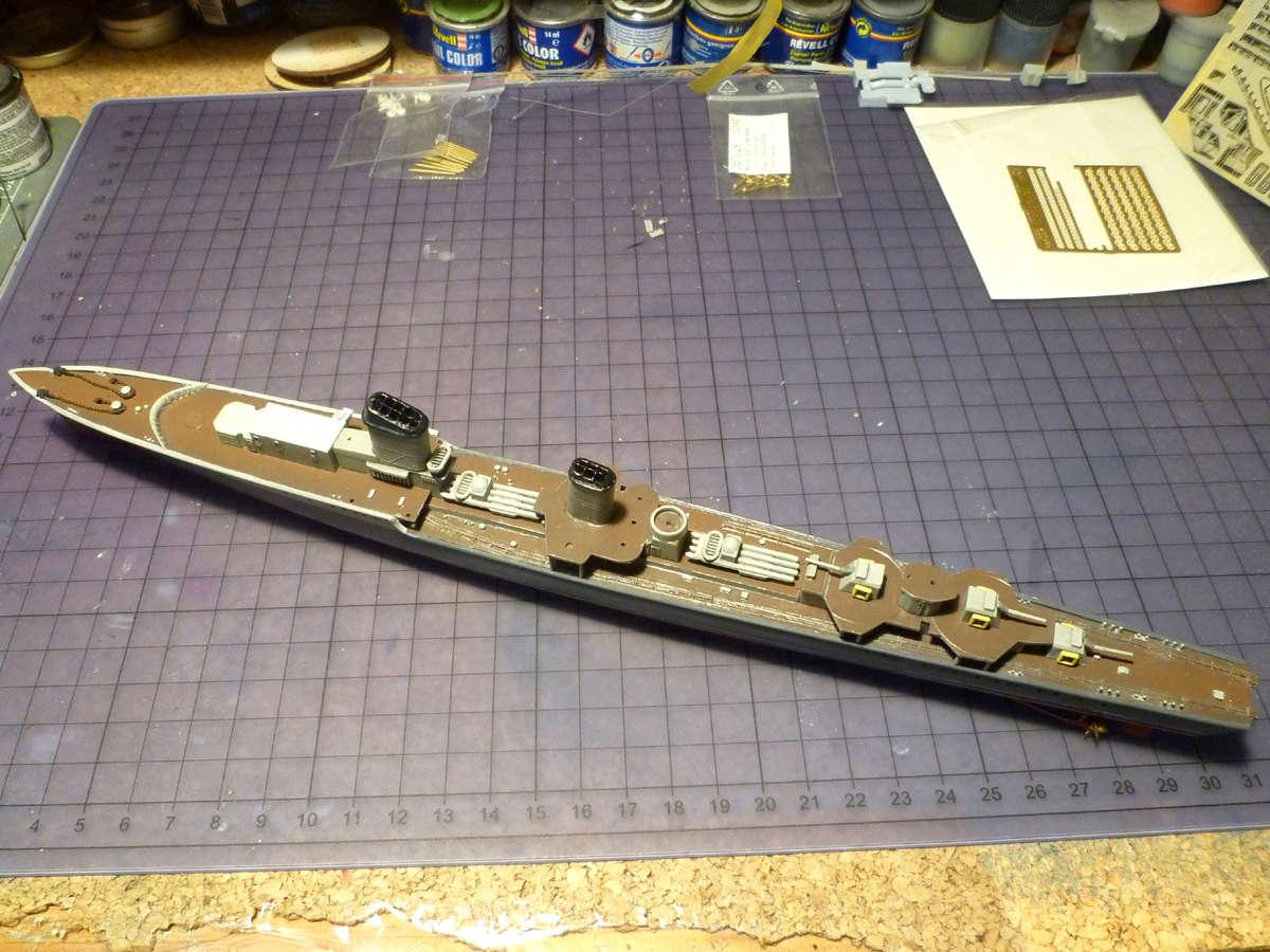 Montage du Contre-torpilleur Marceau 1/400  - Page 2 Marcea28
