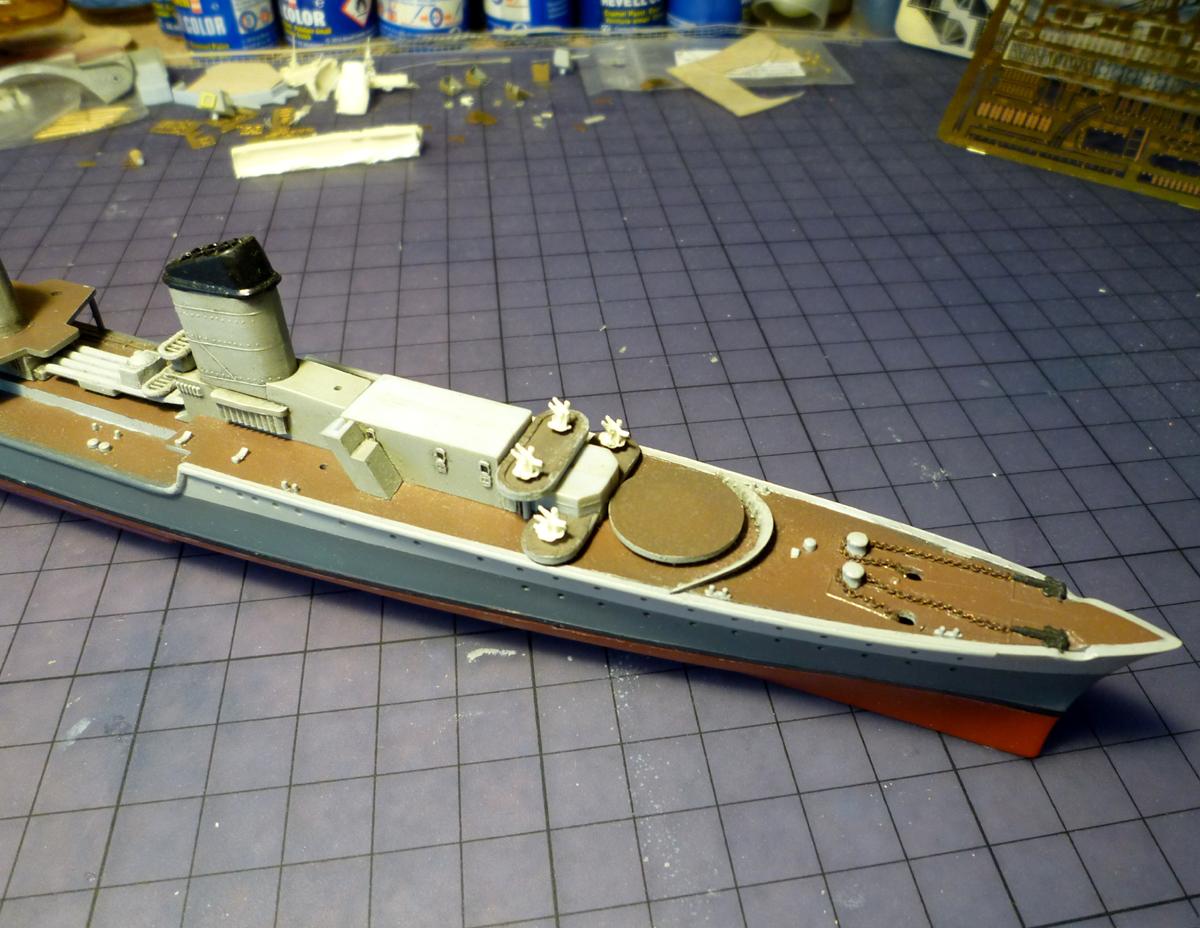 Montage du Contre-torpilleur Marceau 1/400  - Page 2 Marcea31