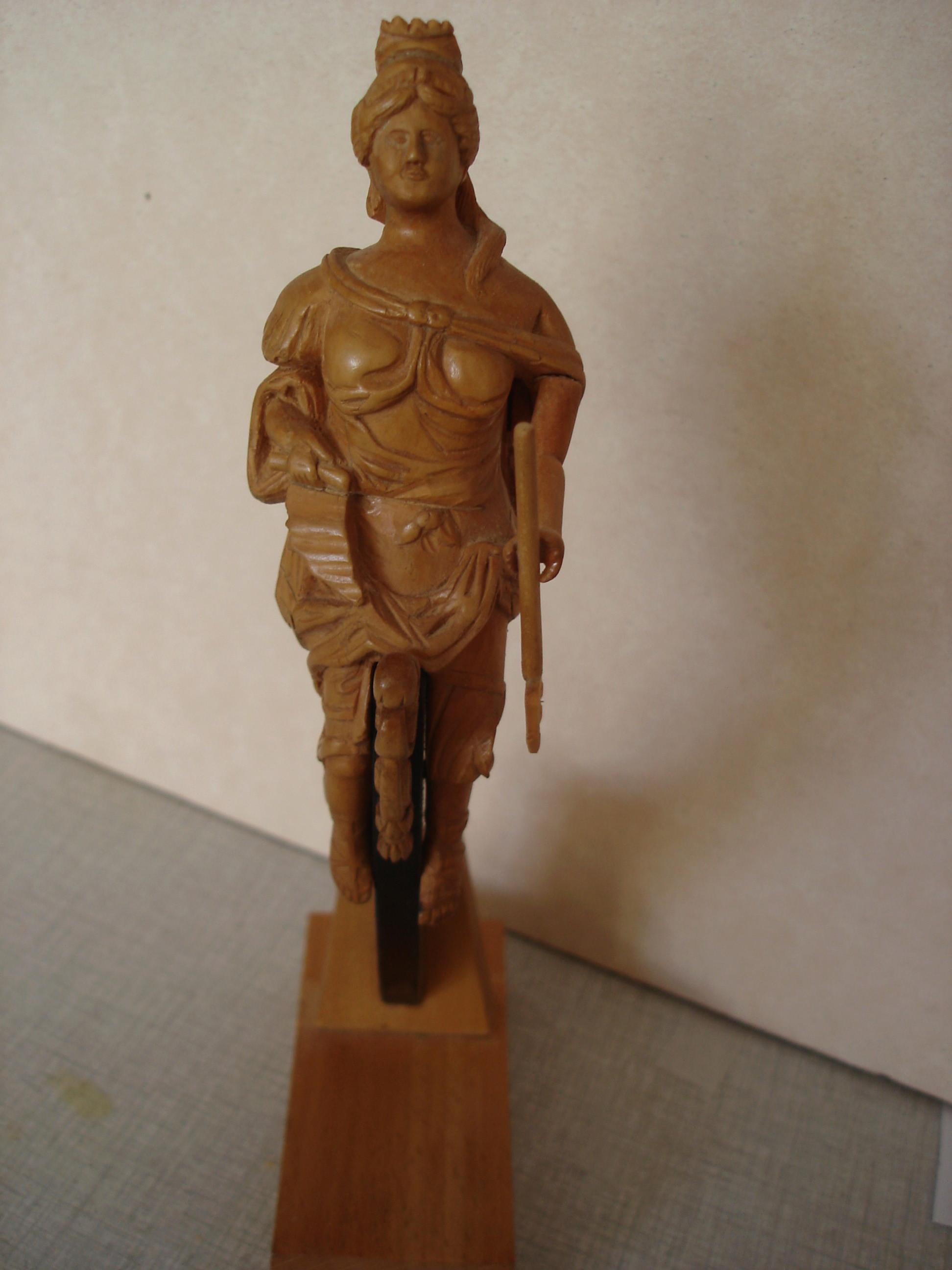 sculpture artésien et royal georges Dsc03110