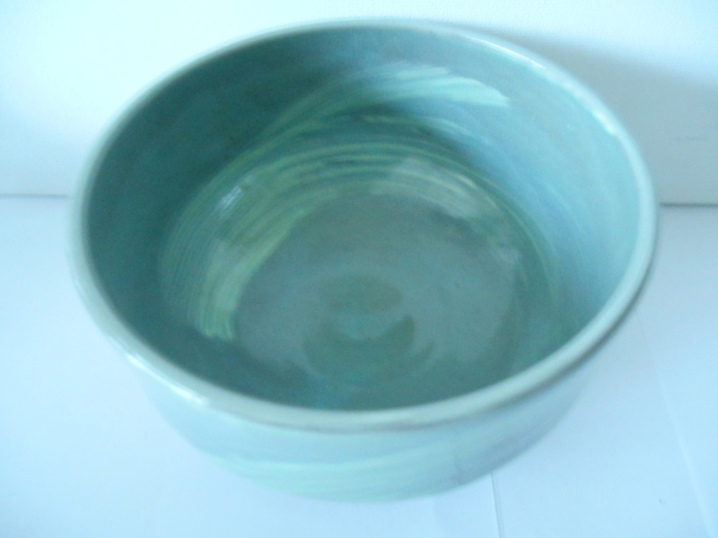 Triangle etc impressed mark -Green Glazed Earthenware Bowl - ID help please Dscn4617