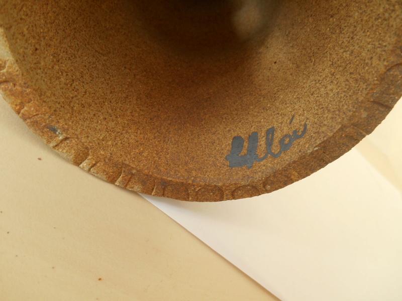 Terracotta Slojdalster like Viking Figurine - Help re. Makers Name? Dscn5010