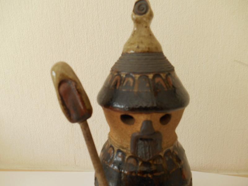 Terracotta Slojdalster like Viking Figurine - Help re. Makers Name? Dscn5011