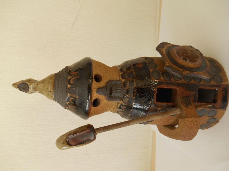 Terracotta Slojdalster like Viking Figurine - Help re. Makers Name? Dscn5012