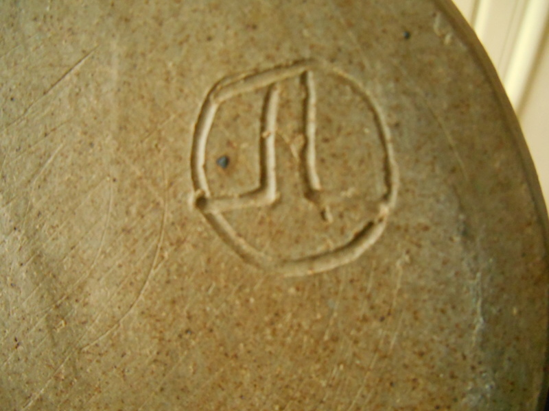 J L handwritten initials on large Vase 26 cm high  Dscn6817