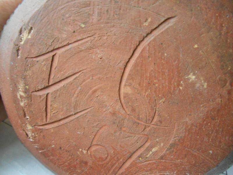 EC mark 67 studio pottery bowl Scandinavian influence - Ernest Collyer Dscn7510