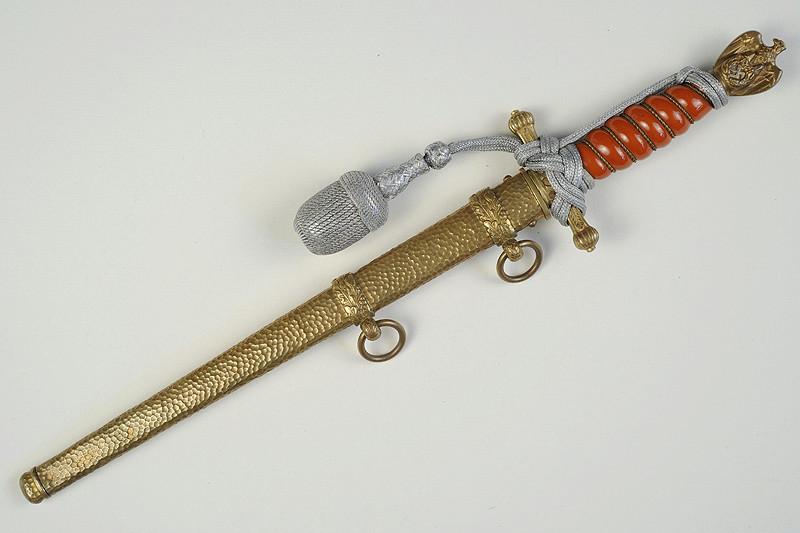 Dague Kriegsmarine fourreau martelé Km_wkc15