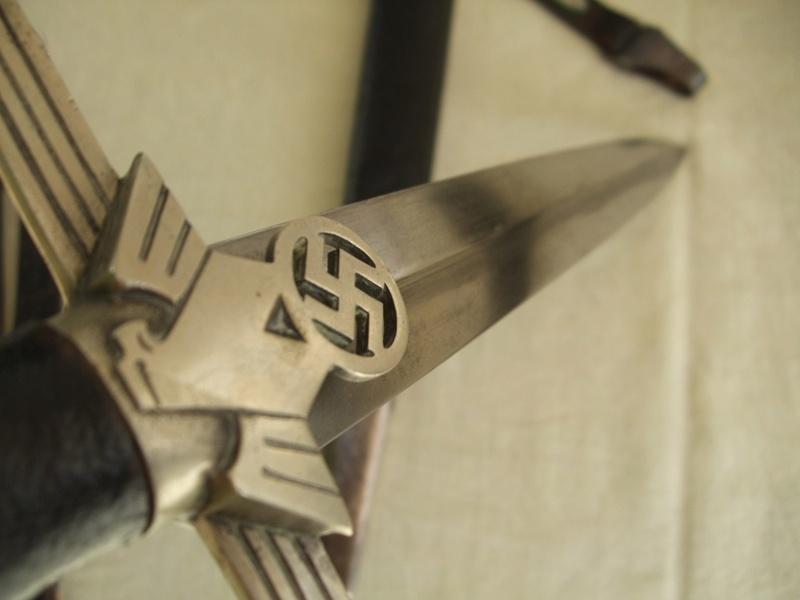 La Dague d'Officier du RLB mod 1936 Rlb_of11