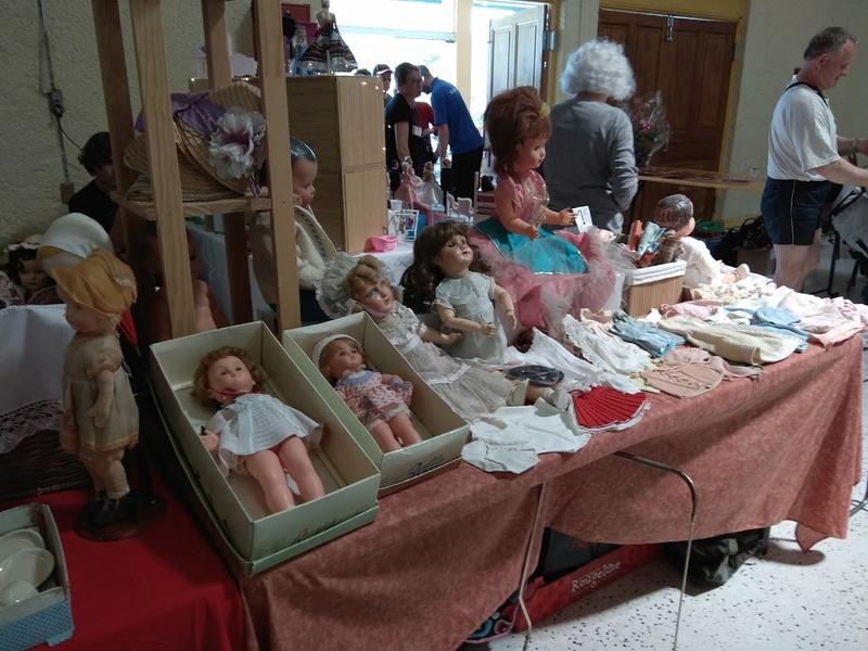 Salon de la poupée et des vieux jouets 2018-041