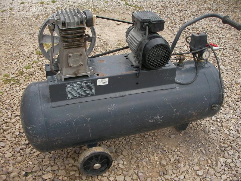 compresseur d air 100 litres Sany0080