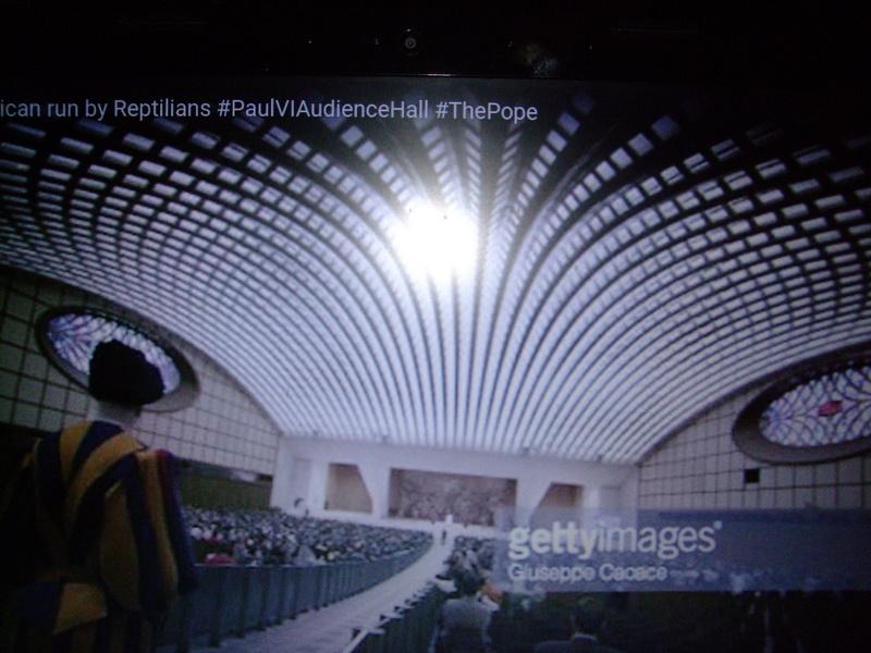 Nouvelle salle aménagée au Vatican Dscf5918