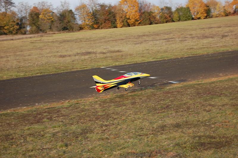 18 novembre 2017 - Premier vol du Mini Avanti S Dsc_0029