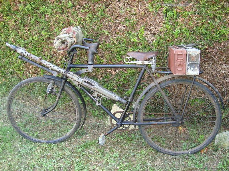 Les vélos militaires suisses Dsc00910