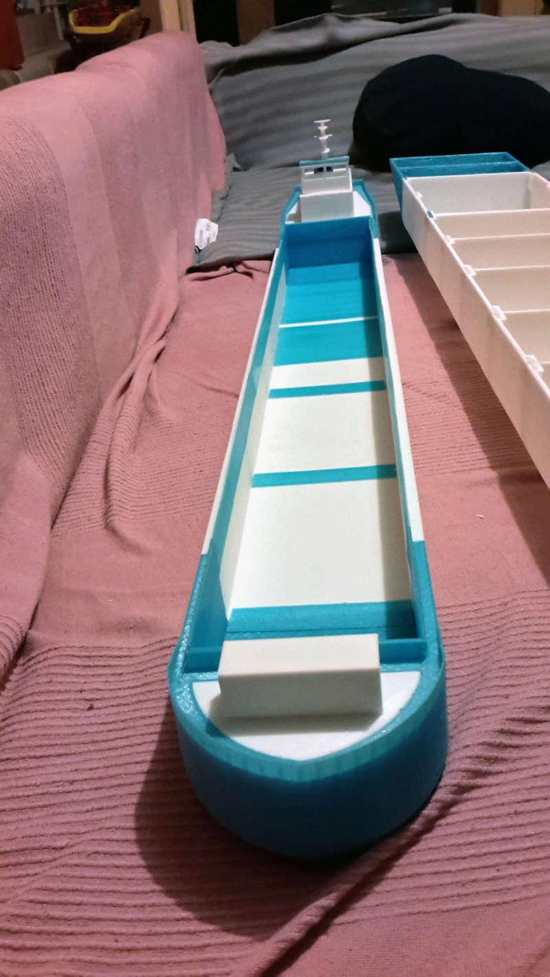 Cargo barge 100% 3D  - vendu 20171183