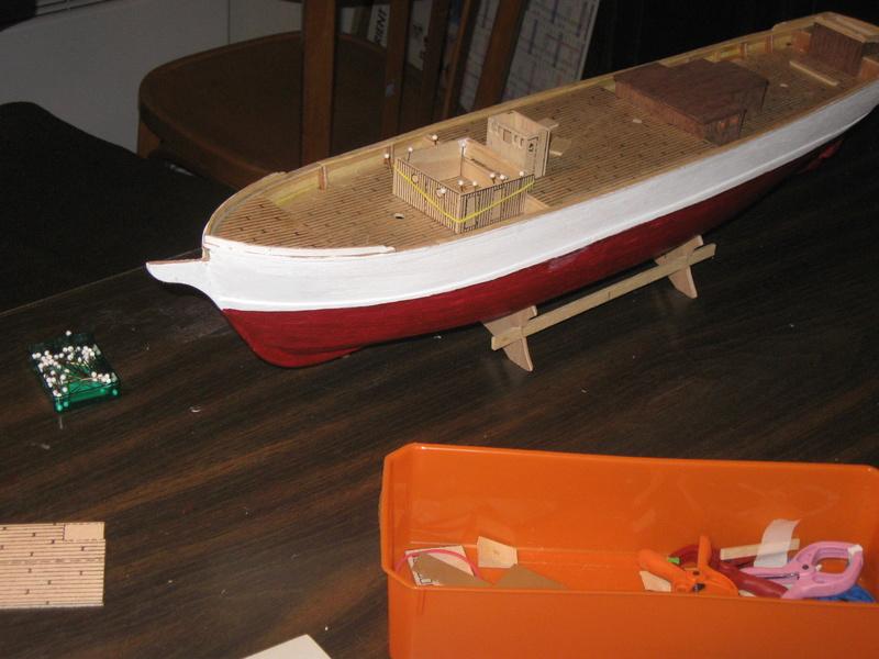 Pourquoi-Pas. Maquette 1/75e de Billing Boats - Page 4 Img_2395