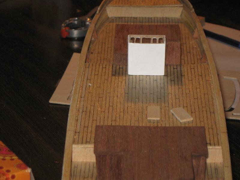 Pourquoi-Pas. Maquette 1/75e de Billing Boats - Page 4 Img_2411