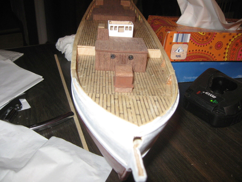 Pourquoi-Pas. Maquette 1/75e de Billing Boats - Page 4 Img_2414
