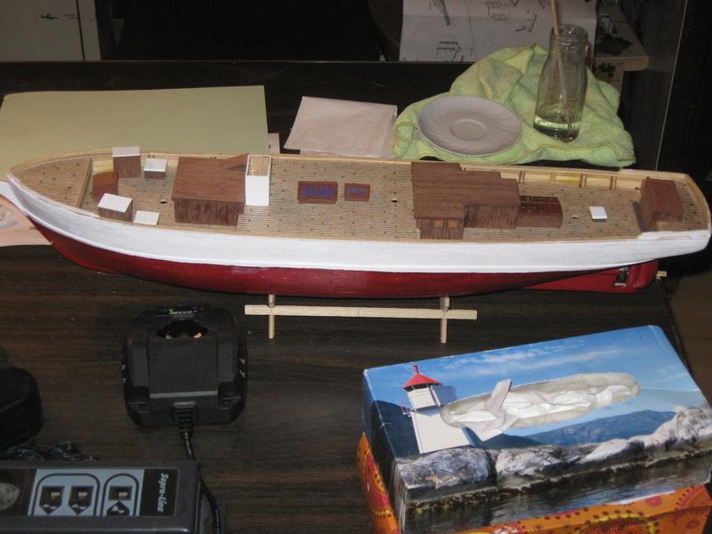 Pourquoi-Pas. Maquette 1/75e de Billing Boats - Page 4 Img_2423